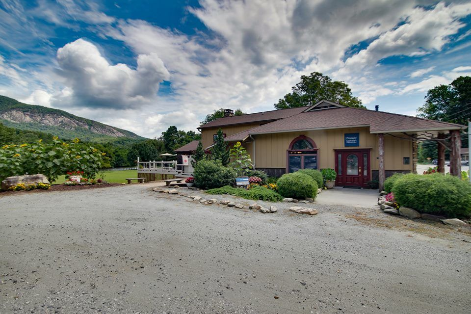 The Mesmerizing Vacation Rentals in Lake Lure NC