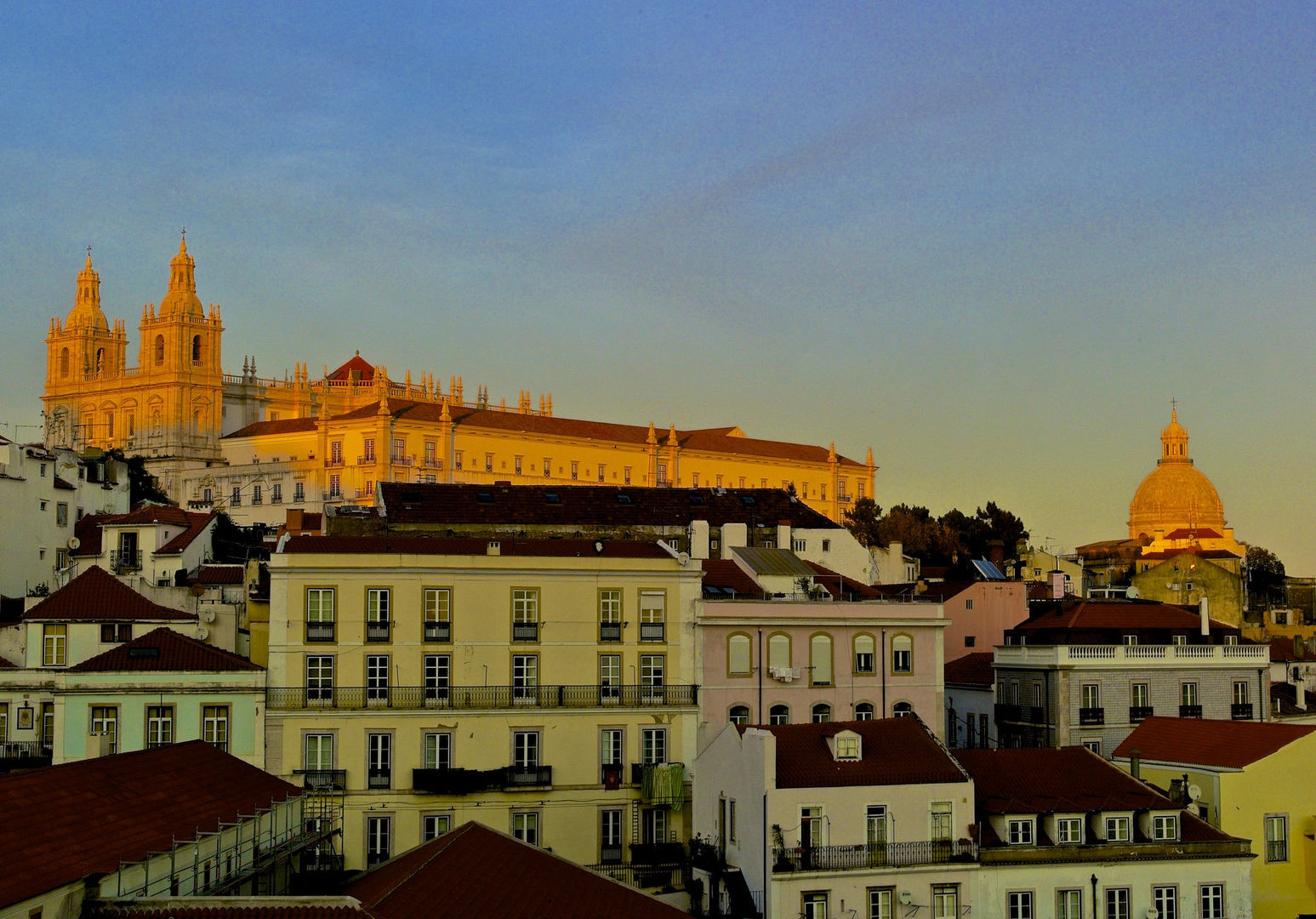 A Trip Back In Time: How People Talked About Best Places To Visit In Portugal 20 Years Ago