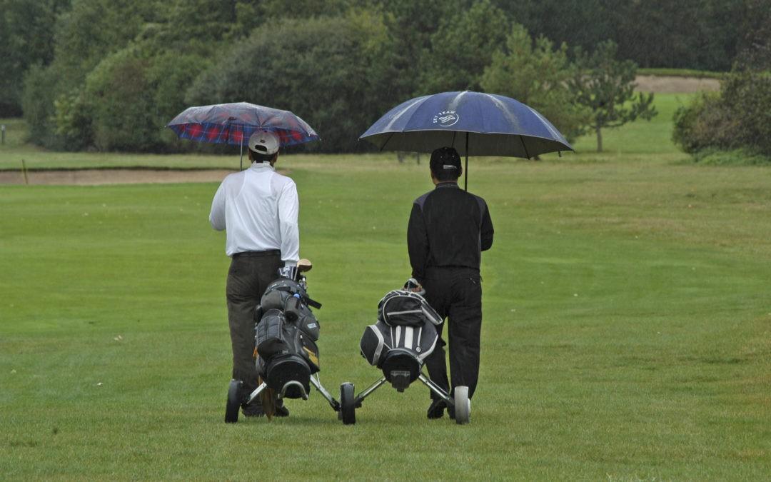 A Golf Umbrella For a Golfer's Safety