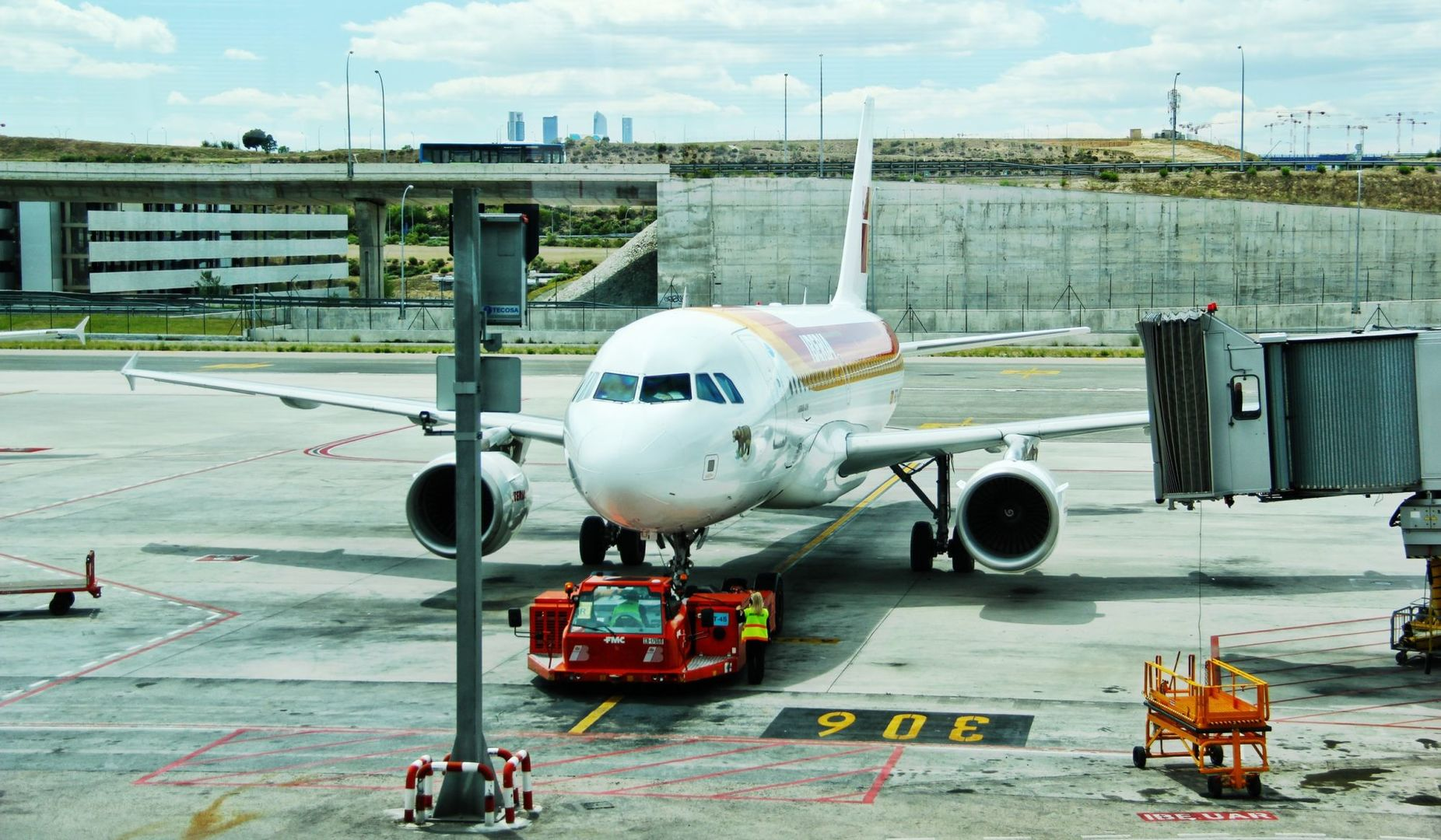 Off-Site Parking-The Simplest Way Of Getting To The Terminal