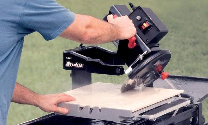 The Ultimate Guide to Tile Saws
