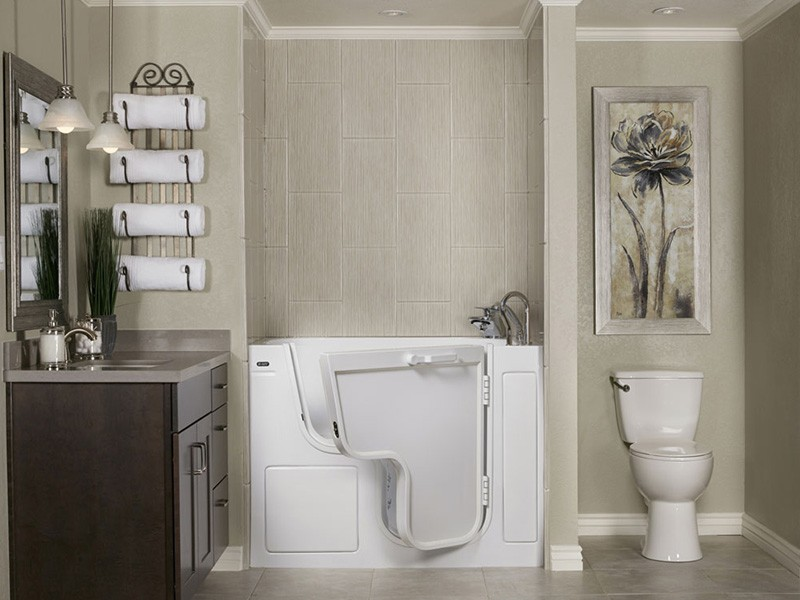 8 Stunning Ideas to Remodel Your Narrow Residential Bathroom