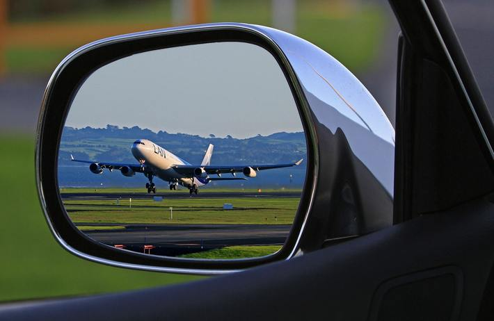 Some Useful Airport Parking Precautions - Mom Bloggers Club