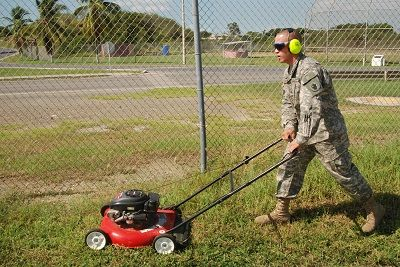 Cordless vs. Corded Lawn Mowers