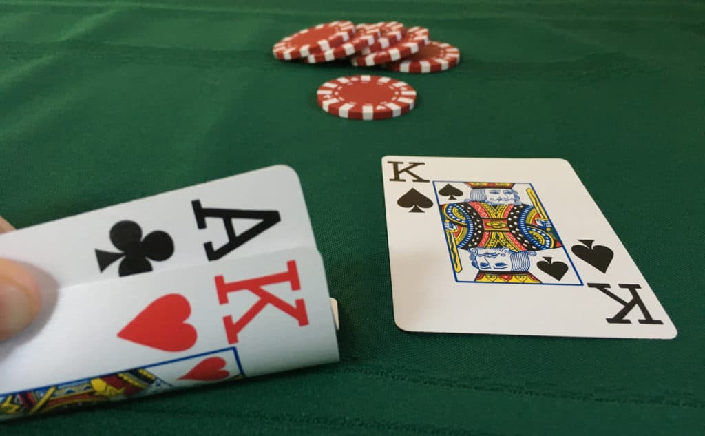 Five reasons why you need to master online Poker before hitting the real Casino