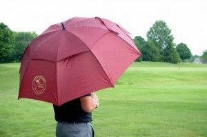 Advantages Of Golf Umbrellas And Playing Golf In a Bad Weather