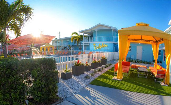 Modern Beach Hotel Amenities - St Pete Beach Suites Hotel