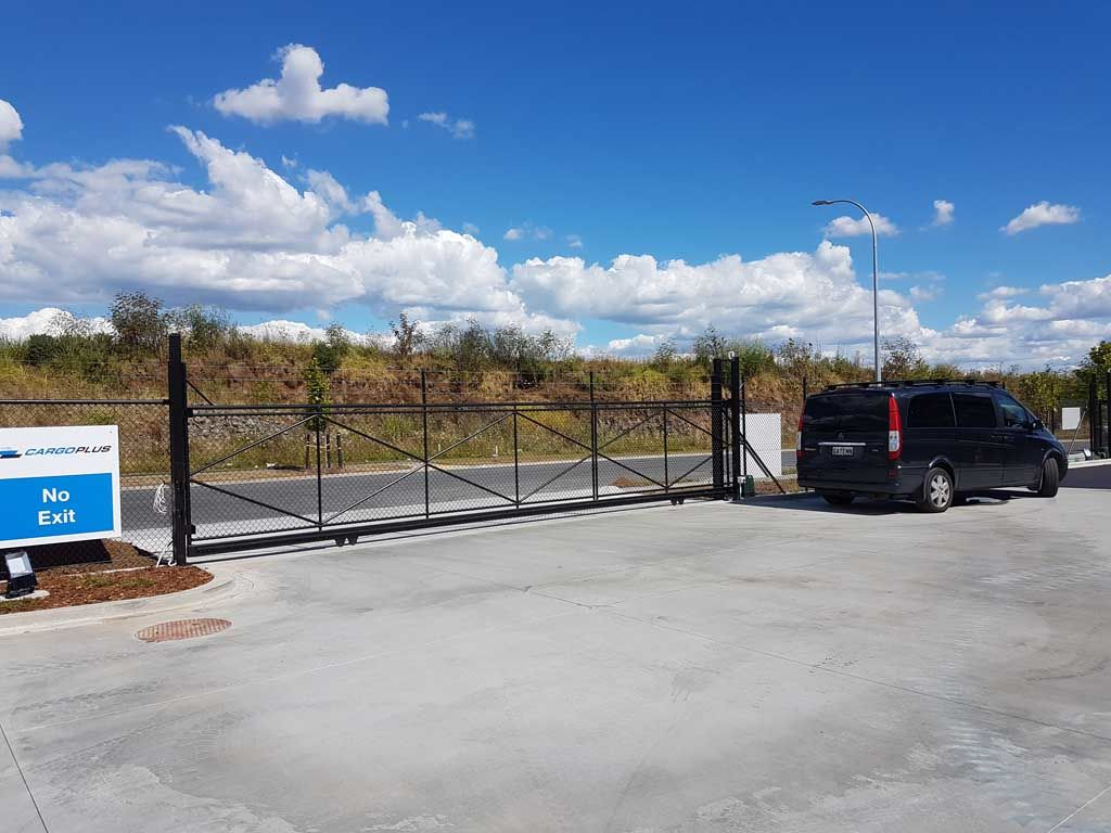 Automatic Commercial Gate
