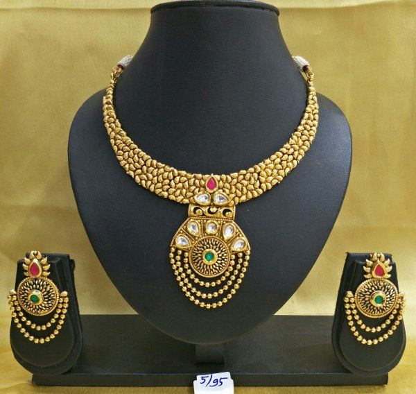 Buy Necklace & Pendants online 70% off - Babosasakhi