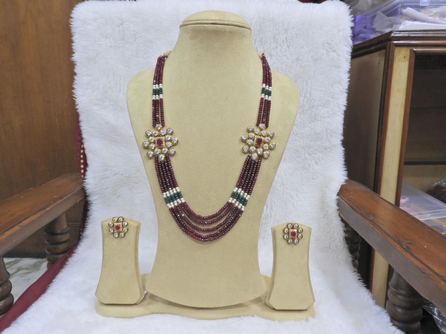 Double sided pendant necklace :  Indian jewellery designs