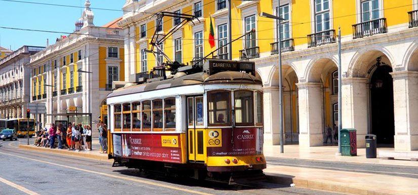 Lisbon: The Treasure trove of Charismatic & Vibrant Culture