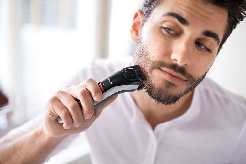 How To Trim A Beard - Should You Use Scissors Or A Beard Trimmer