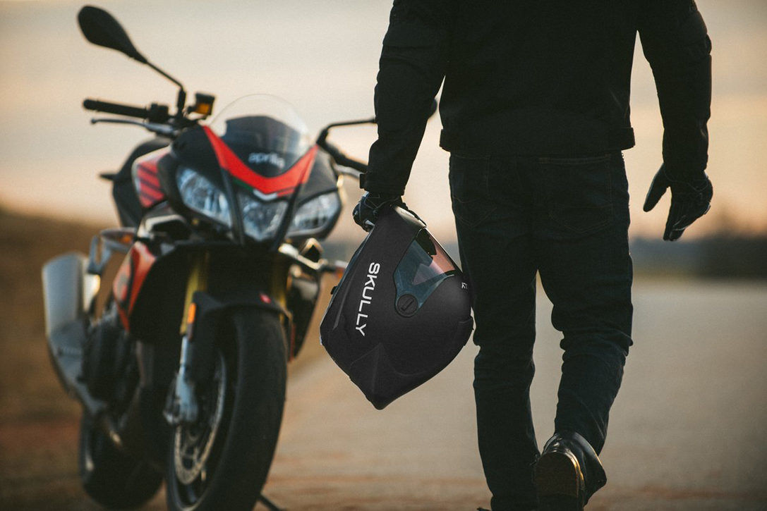 Get The Best Information About The Bluetooth Helmet Motorcycle