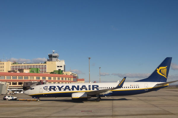 Huge Flight Sale Launched by Ryanair Airline! | Ezybook | Blog