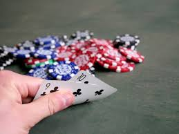 How to Calculate Outs in Poker?