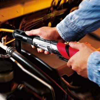 How to Choose the Best Cordless Ratchet