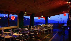 Tour Travel World: Dharamshala Food Guide: Not-to-Miss Cafes and Foodie Spots