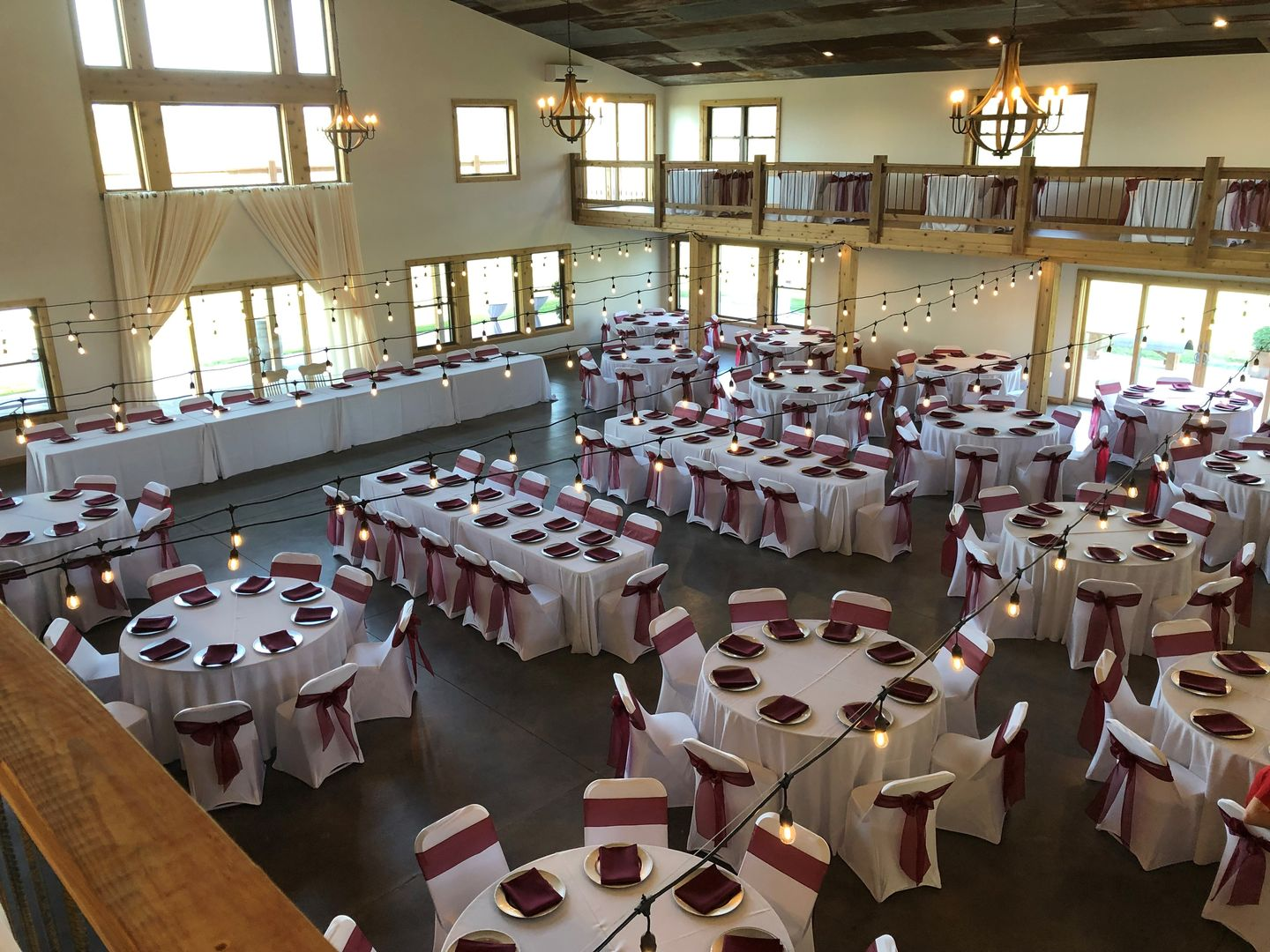 Advantages of Renting Tablecloths and Chair Covers