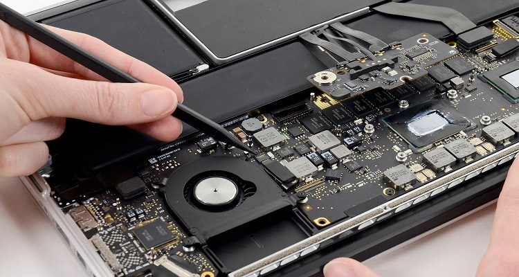 Aspects to Consider Before Opting Computer Repair Services