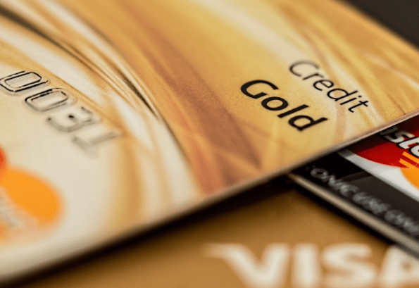 5 Tips to Help You Choose a Credit Card With Money-Saving Rewards