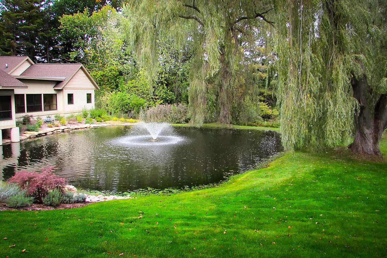 small surface pond aerator