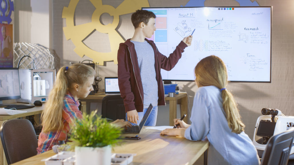 Beginner's Guide to Buying an Interactive Whiteboard