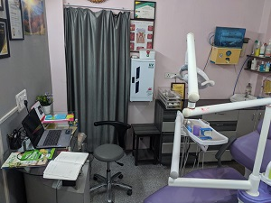 Dentist in Vasundhara Sector 5