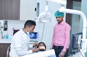 Dentist in Surya Nagar