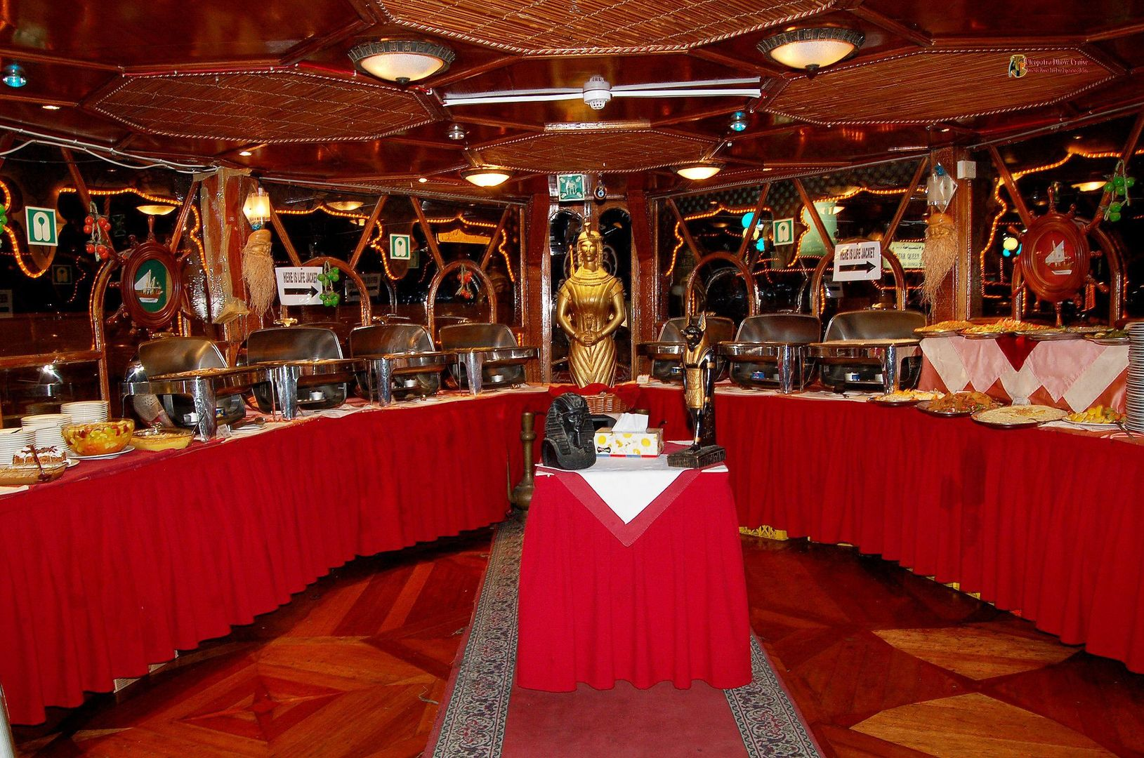 Dhow Cruise with Buffet Dinner | Dhow cruise Dinner Deals in Dubai