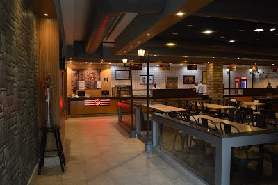 FOOD BOULEVARD, A FAMOUS DELIVERY RESTAURANTS IN GURGAON - Food Boulevard Sector 33