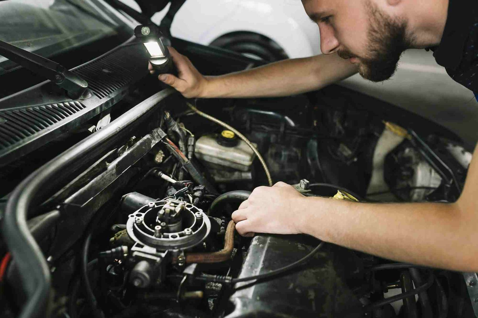 What Does a Full Car Service Include? (All Checklist) - Carcility
