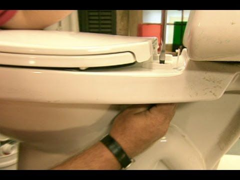 How to Switch a Toilet Seat