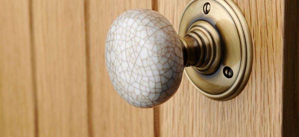 Finding A Ideal Ceramic Door Knobs – Suhana Blog
