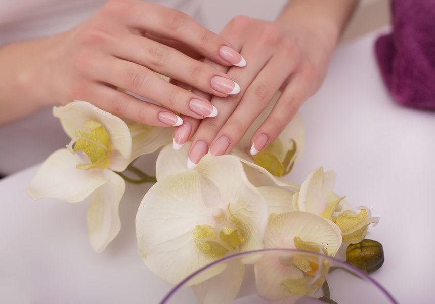 Using Argan Oil | 5 Benefits Of Applying Argan Oil To Your Fingernails