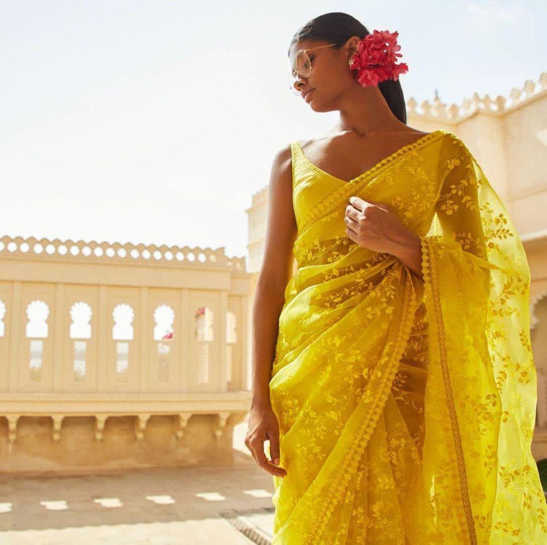 Unique Trending Bridal Saree Design