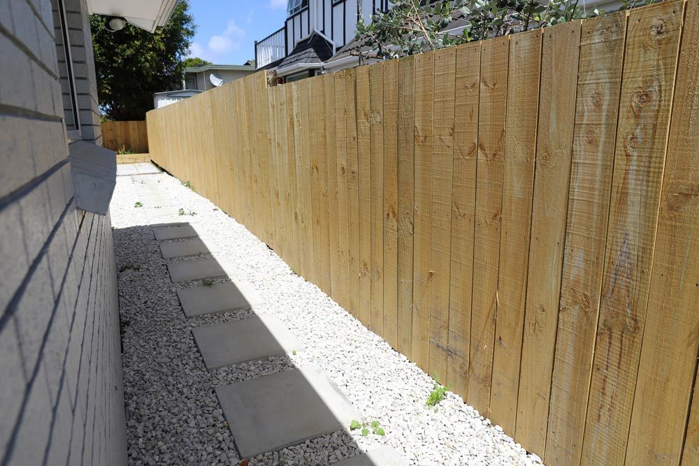 How Much Does It Cost to Install A Fence? Property Services