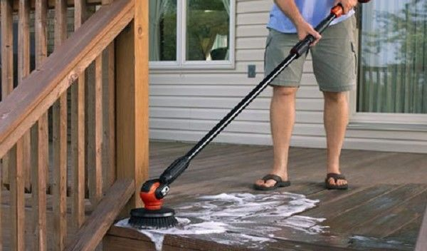 Electric Scrubbers Clean Superior