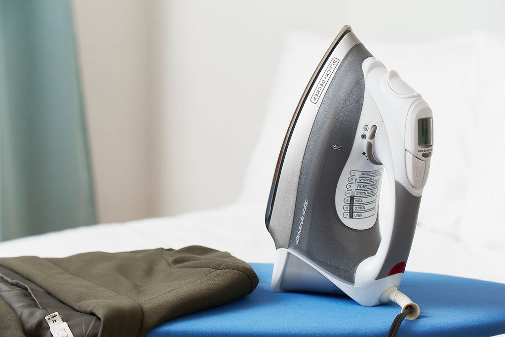 What Water Should Use In A Steam Iron