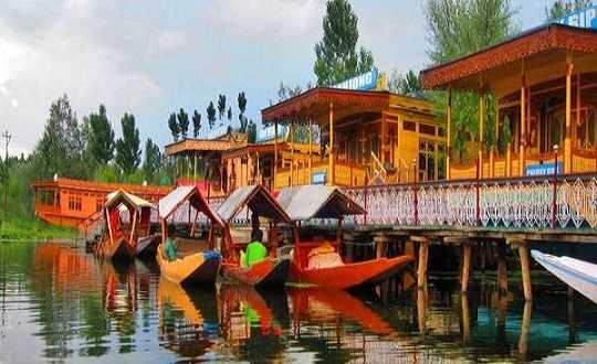 Kashmir Honeymoon Packages | Honeymoon Tour Package For Kashmir