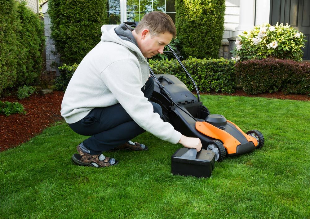 Cordless Electric Lawn Mower Maintenance Tips