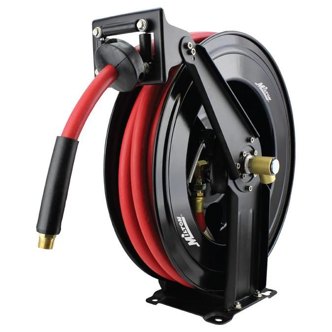 Using A Air Hose Reels For Your Garden