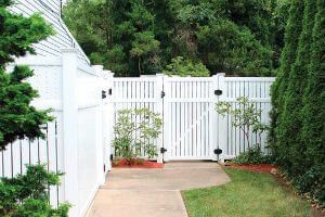 Vinyl Semi-Privacy Fencing in Lawrence, MA | Hulme Fence