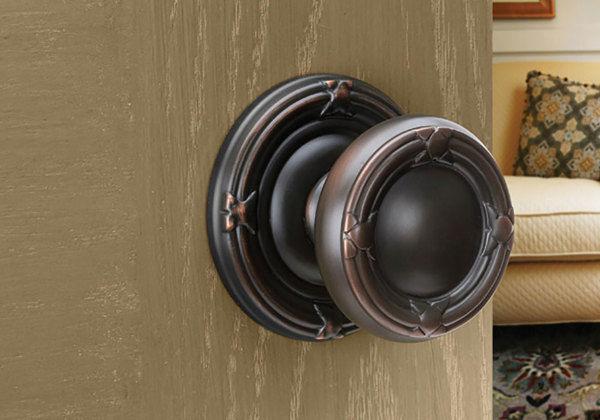 To Consider In Choosing Replacement Door Knobs