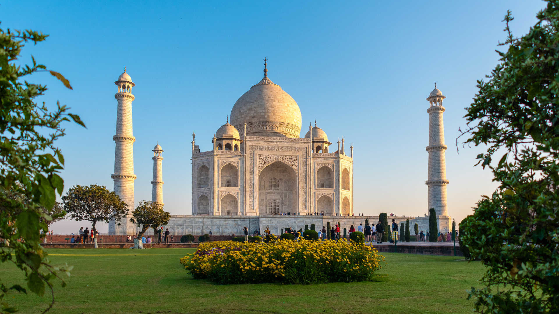 Taj Mahal Tour From Delhi