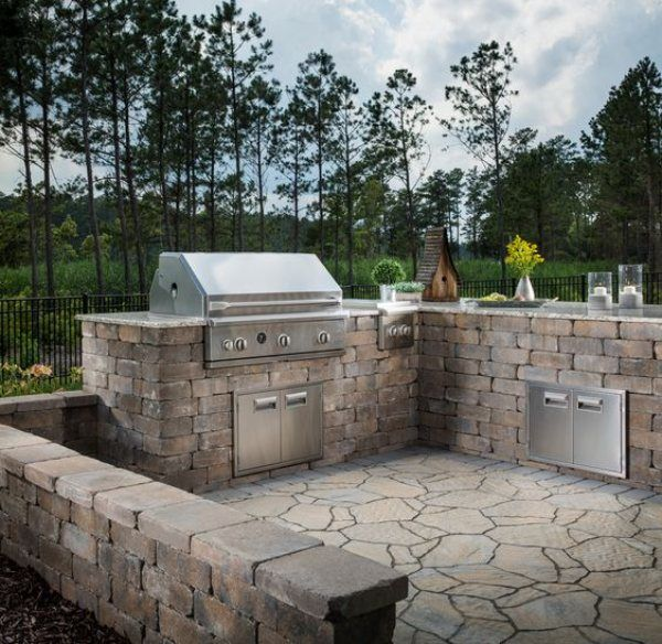 10 Best Designing Outdoor Kitchens with Natural Stone - World of Stones USA Blog | Natural Stone & Rock Articles