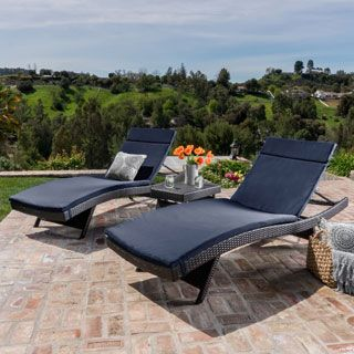 Find A Good Quality Outdoor Chaise Lounges