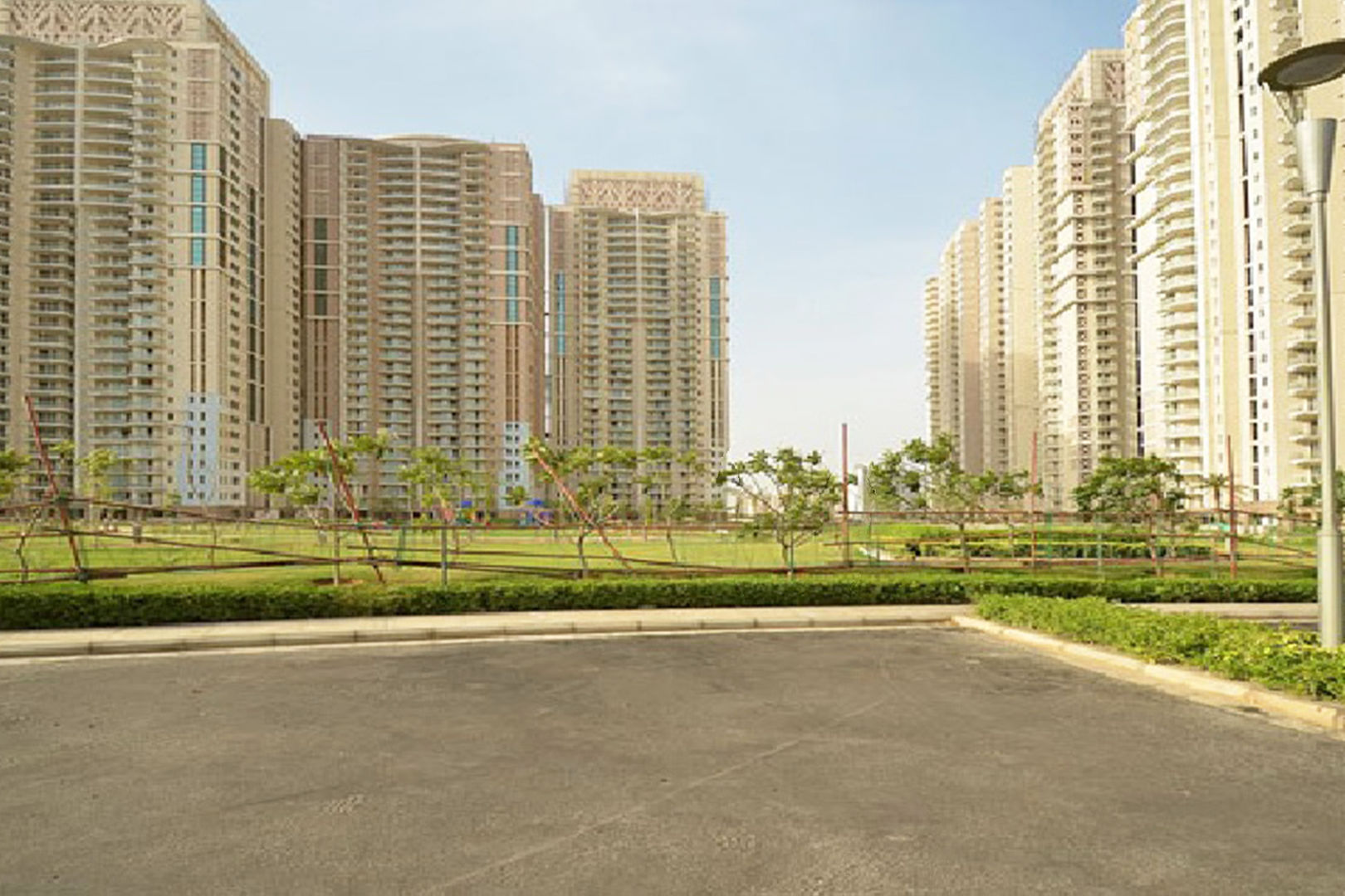 Residential Property in Gurgaon | Luxury Apartments for Rent & Sale in Gurgaon