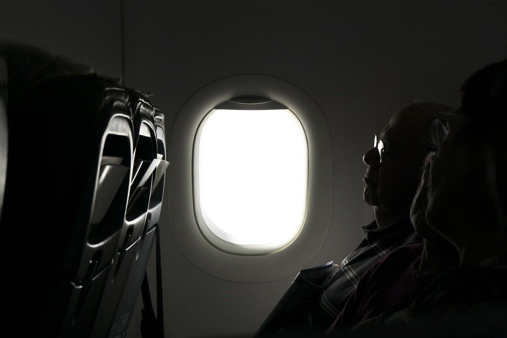 Tips to Survive Your Upcoming Red-Eye Flight! | Smart Travel Deals | Blog