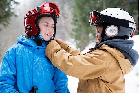 Why to Wear a Snowboard Helmet