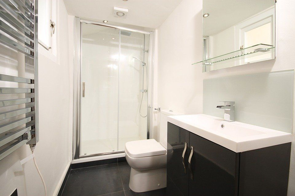 Shower Doors Can Bring Life to Your Bathroom!